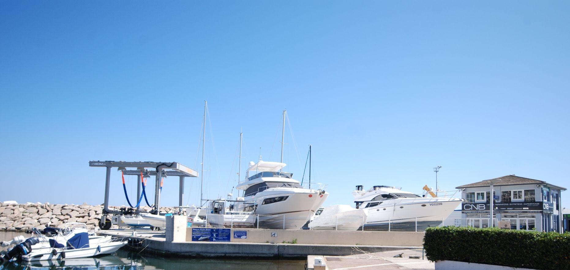 Vente et location de bateaux en corse for Vente en location